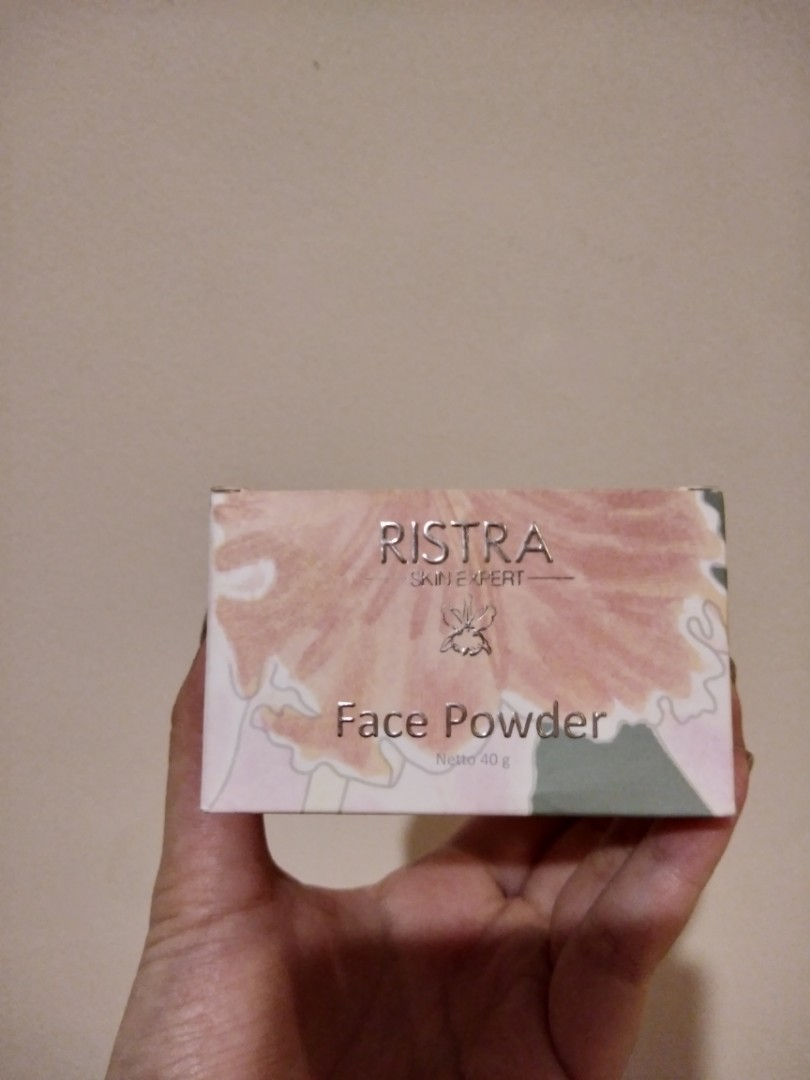 Ristra face powder