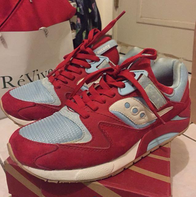 Saucony Grid 9000 紅色麂皮 休閒運動鞋 尺寸US:9.5