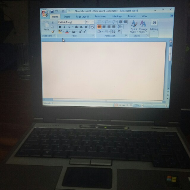 Selling po laptop, gumagana pa battery pero mga 10 to 20 mins tagal. Comes with orig charger. Di na ginagamit. Windows 7, ms office, for documents use lang po.