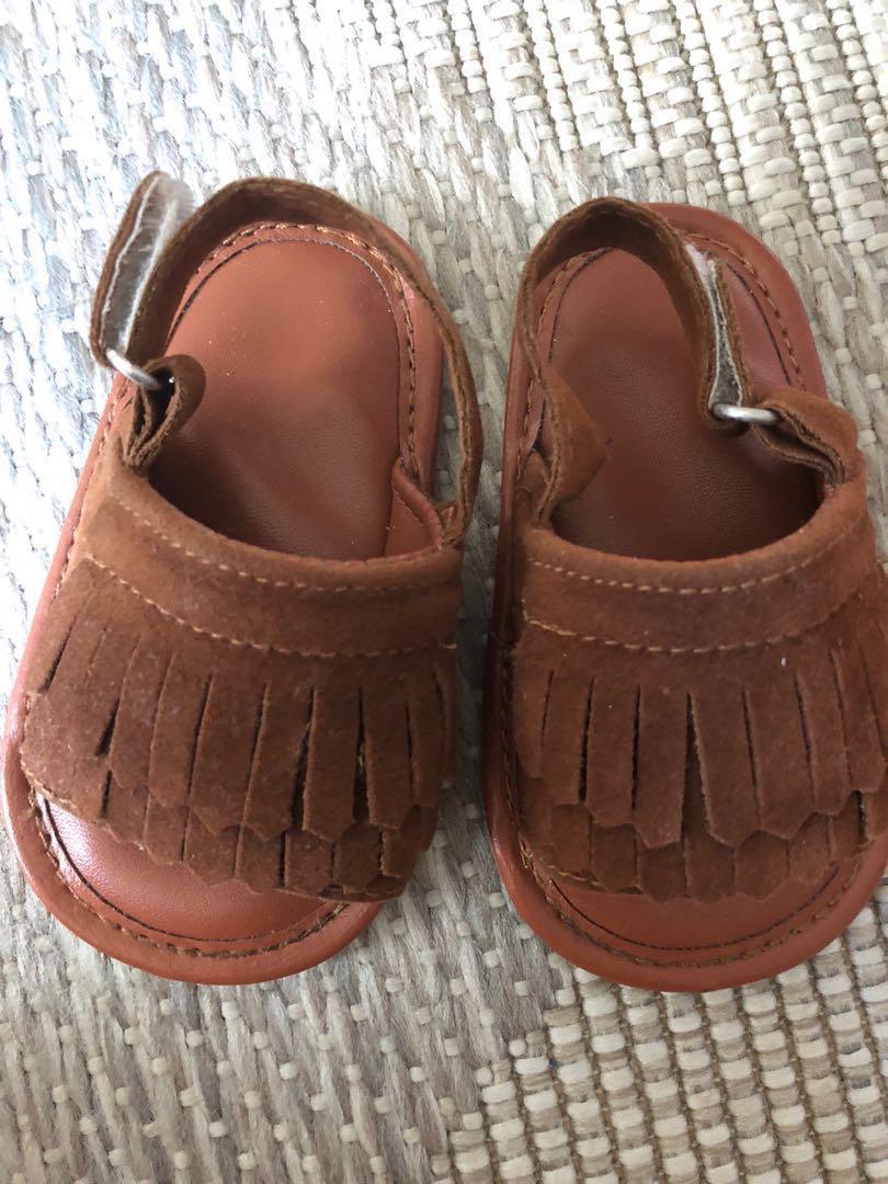 Tassel sandals (take all)