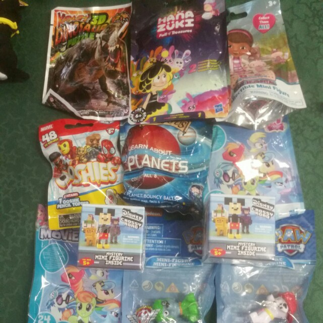 Various boys & girls blind bag toys