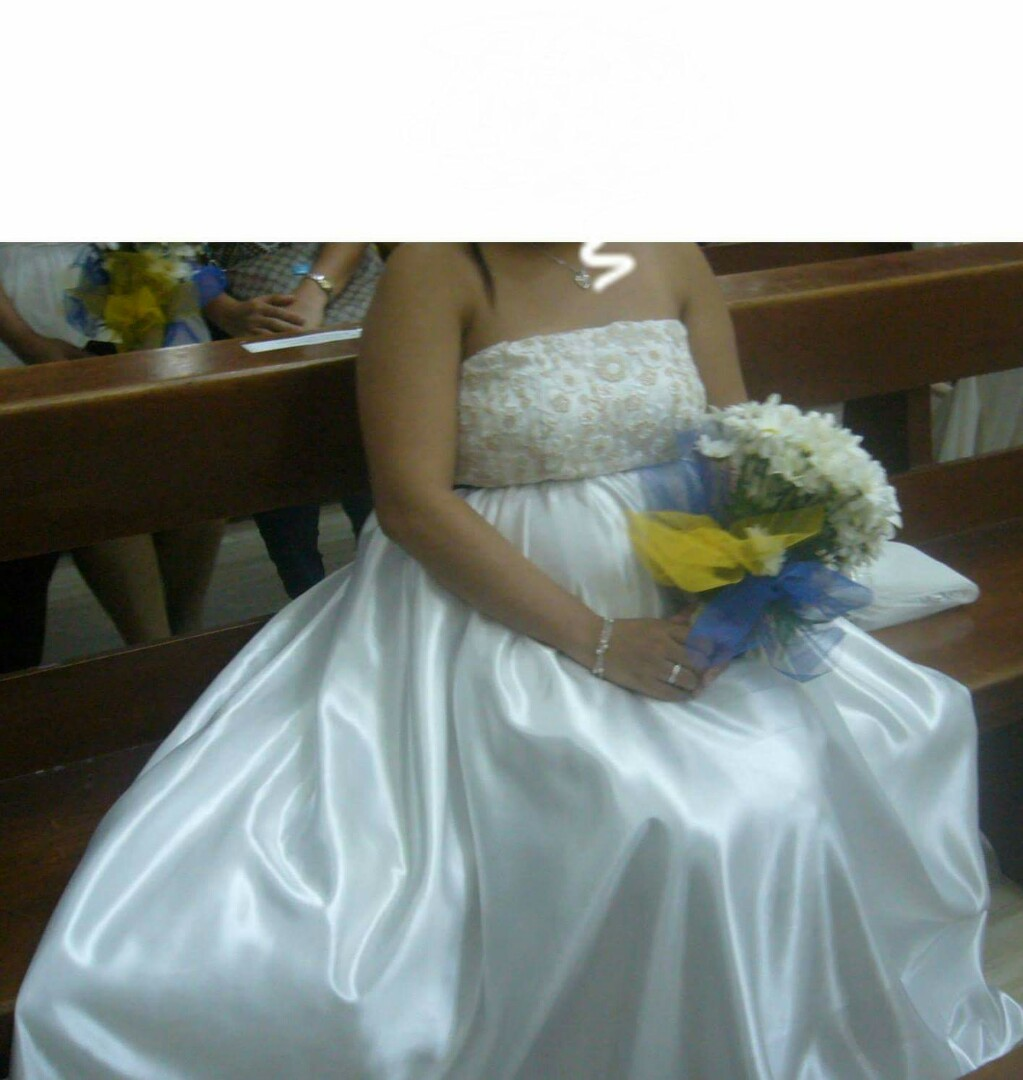 Wedding Gown For Preggy, Preloved Women\'s Fashion, Clothes on Carousell