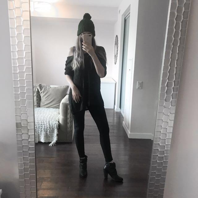 💕Women's Black Heel Booties 💕