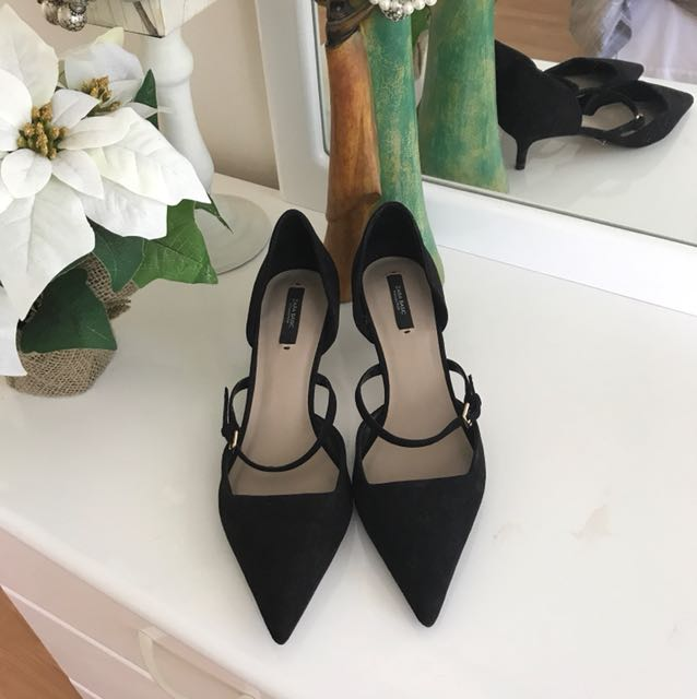 Zara pointed kitten heels size 9