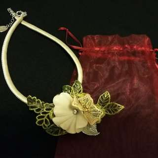 Made in Italy Lace Flower necklace 意大利手工品牌厘士花頸飾