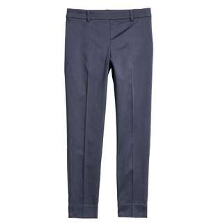 Brand New H&M Plus size cigarette pants trousers in Navy