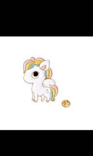 Cute rainbow unicorn brooch 🌈