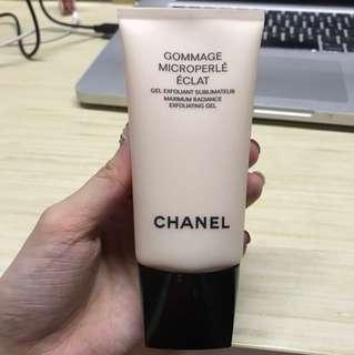Chanel exfoliating gel