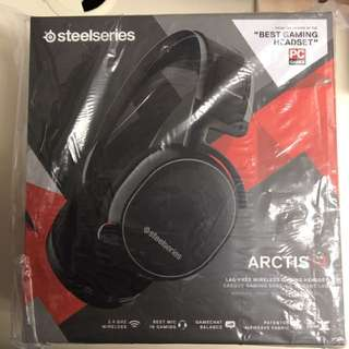 出售全新Steelseries Headset Arctis 7 Black