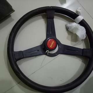 Steering nardi black