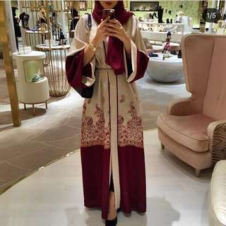 Hasnisaabaya Abstract Abaya
