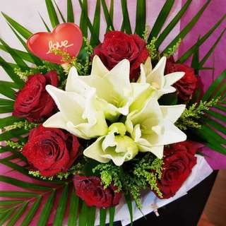 Lily & Rose Bouquet