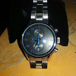 Jam tangan Tag Heuer Naviforce