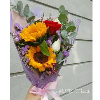 Sunflower with Roses Bouquet (Fresh Flowers)