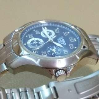 CASIO EDIFICE WR100m watch