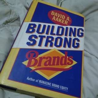 Building Strong Brands (David A. Aaker)