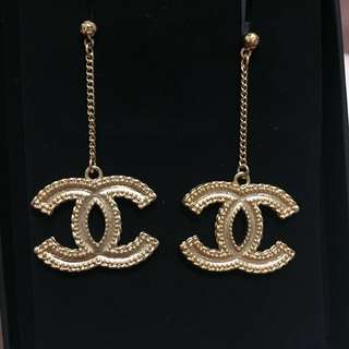 chanel big size earrings
