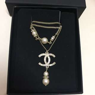 chanel pearl necklace Limited