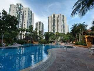 Parc Oasis Condo 2 min to Mrt - direct owner