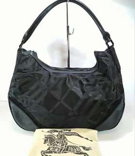 SALE VGC Burberry nylon shoulder mix leather With dustbag