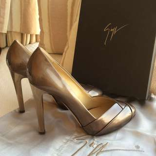 Giuseppe Zanotti   patent leather heel platform pump  @Size 37  #Made in Italy