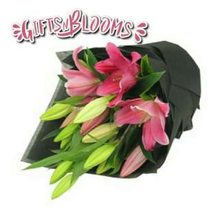Beautiful Fresh Flower Surprise for Special One Bouquet V17 - IIPLH