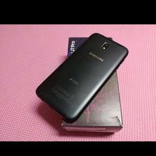 Samsung j7 pro with fast charger, headphone legit with free silicon case