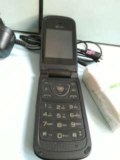 $50  LG古舊手機,操作正常