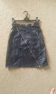 Labelled leather look skirt