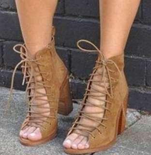 Lipstik lace up heels