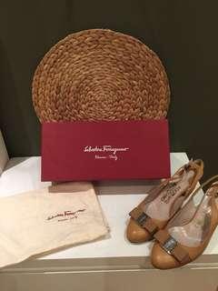 Preloved Salvatore Ferragamo Heels - Sepatu SF Bekas