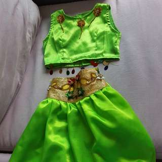 Party dress costume green for 4 to 5 yr old
