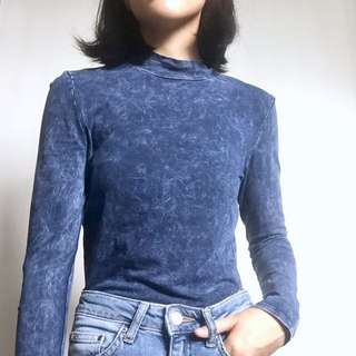 Stone washed high neck top