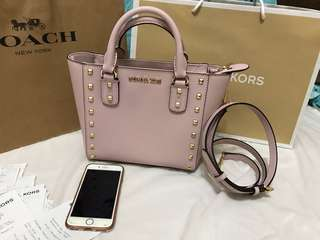 Michael kors 粉紅色袋