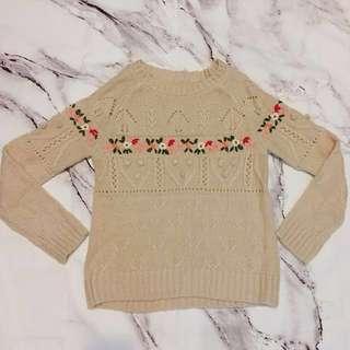 🚚 降 立體小花 針織毛衣