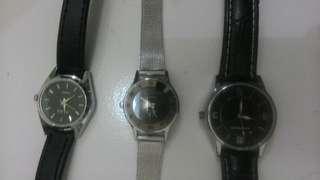 Jam tangan campuran