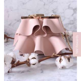 CARNATION RUFFLE TIER GOLD CHAIN BAG IN NUDE PINK