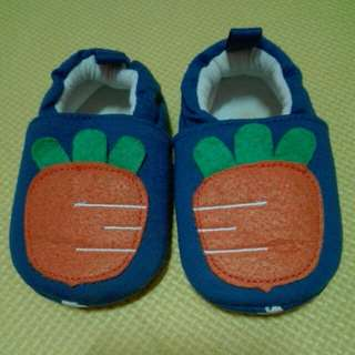 Carrot shoes 6-12mos