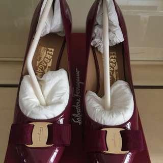 Salvatone Ferragamo 高跟鞋