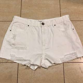 Forever21/F21 ripped white shorts
