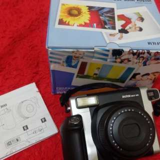 preloved instax wide 300 include 2 boxes refill