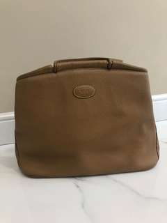 FAST SALE - Authentic Tods top handle in camel
