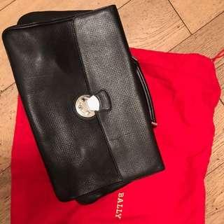 Authentic Bally suitcase brand new 公事包