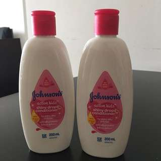 (Both for 7)Johnson's shiny drops conditioner