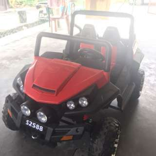 Jeep kids for letgo.. Got remote control and hv music. Condition 10/10 coz juz bought 3 month ago.