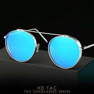 Blu mirror pilot sunglasses