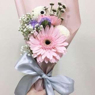 Lyla Flower Bouquet