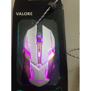 Valore Scorpion Gaming Mouse with light 👍🏻 (Seldom use as laptop is touch screen so is very new) :)