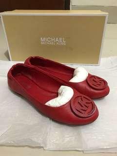 Sepatu michael kors size 5