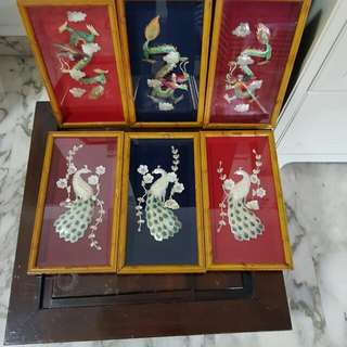 Chinese handicraft display